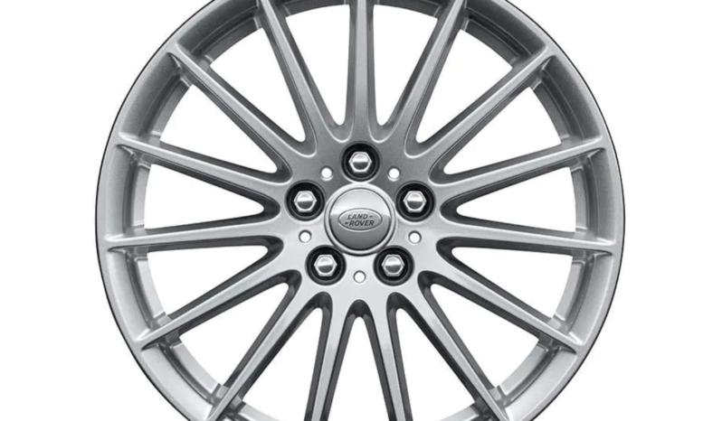 Oferta Range Rover Velar por 810€/mes completo