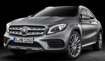 Renting Mercedes Benz GLA 200d completo