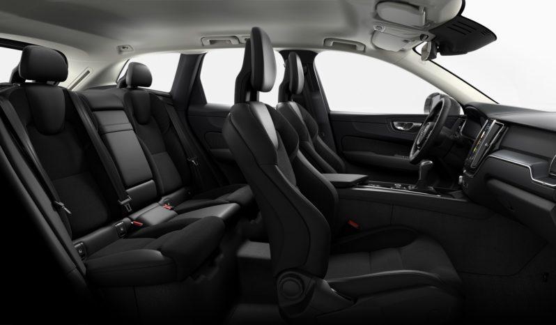 Volvo XC60 2.0 D4 Awd Momentum Auto completo